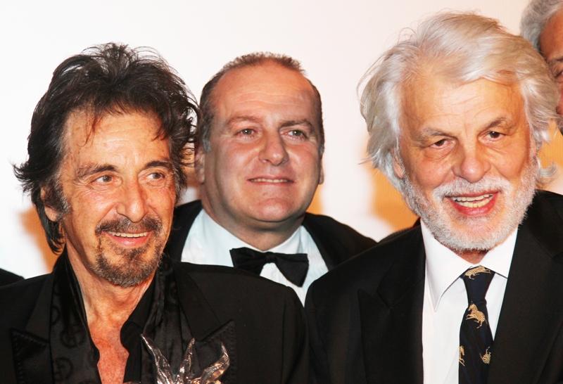 Divi di hollywood sull 39 isola azzurra fino a san silvestro in italia news - Altezza divi di hollywood ...