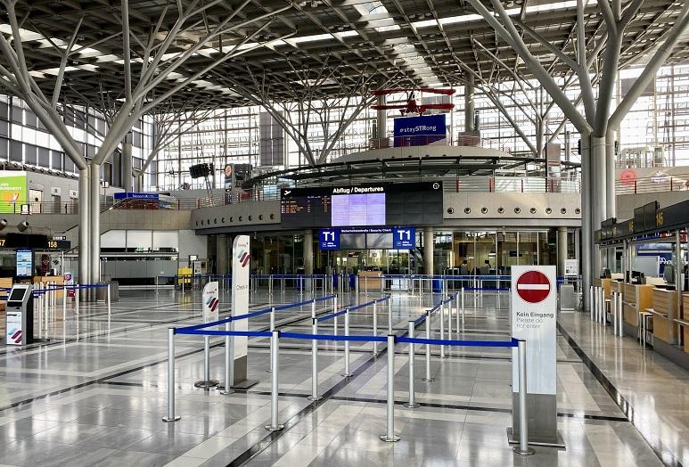 Aeroporto vuoto a causa della pandemia