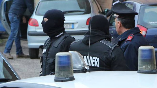 Carabinieri Ros in azione