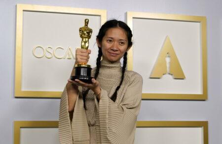 Clhoe Zhao vince gli Oscar