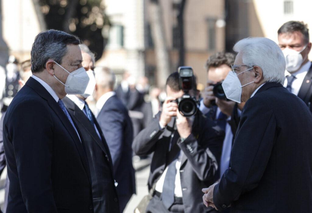 Foto del premier Draghi con il presidente della Repubblica Mattarella