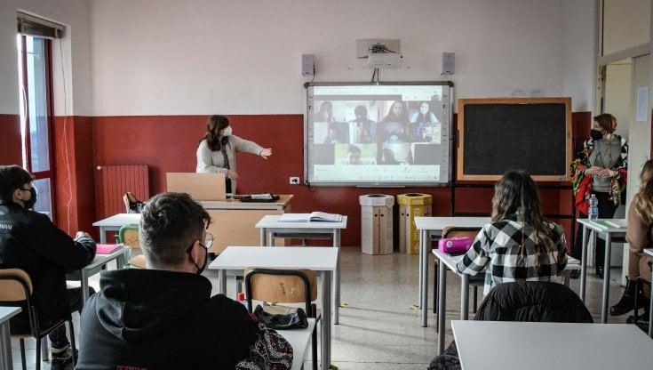 Foto di alunni in aula