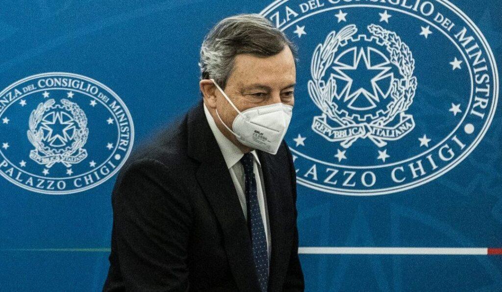 Foto di Mario Draghi in Conferenza stampa