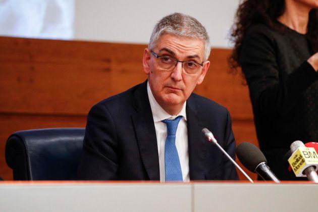 Foto di Sivio Brusaferro in conferenza stampa