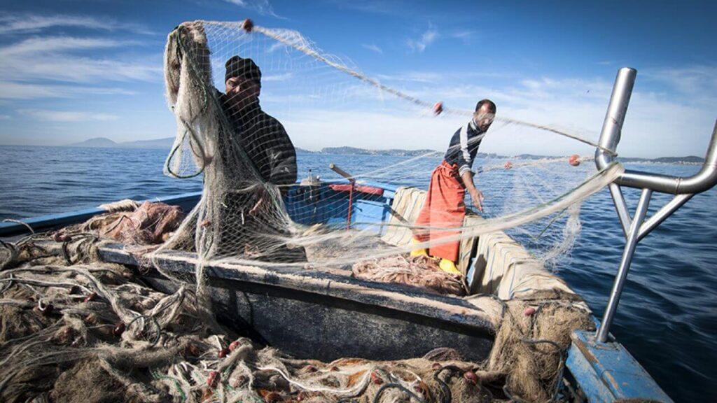 Telecamere sui pescherecci per garantire trasparenza