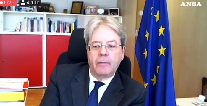 Paolo Gentiloni durante il Forum Ansa