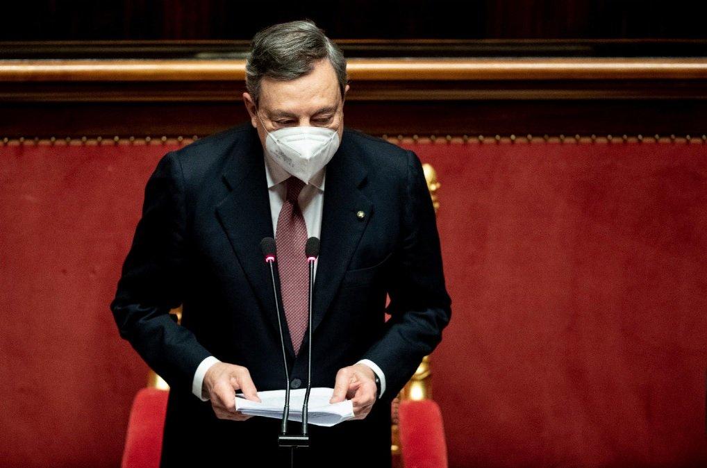 Draghi pronuncia il suo discorso al Senato
