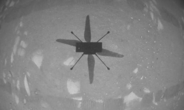 Ingenuity primo volo controllato