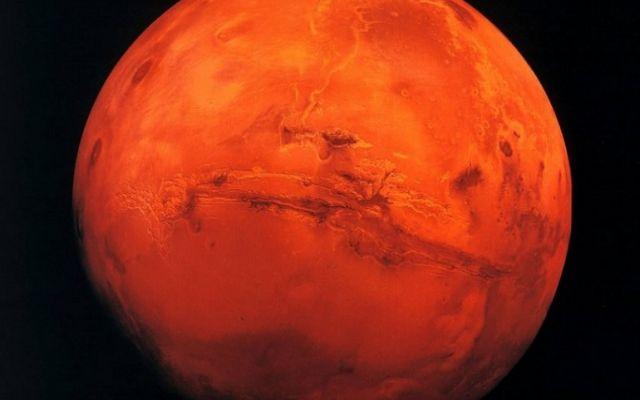 il primo volo su Marte è previsto a metà aprile