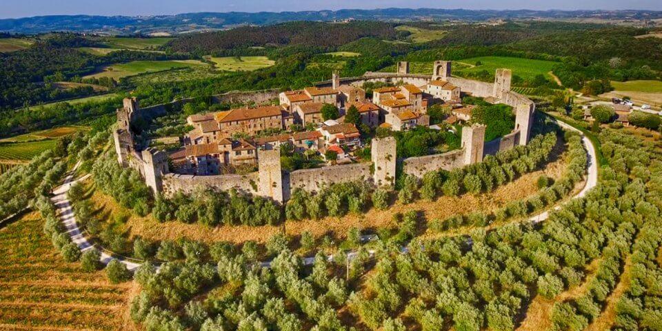 Monteriggioni il borgo alla scoperta del medioevo