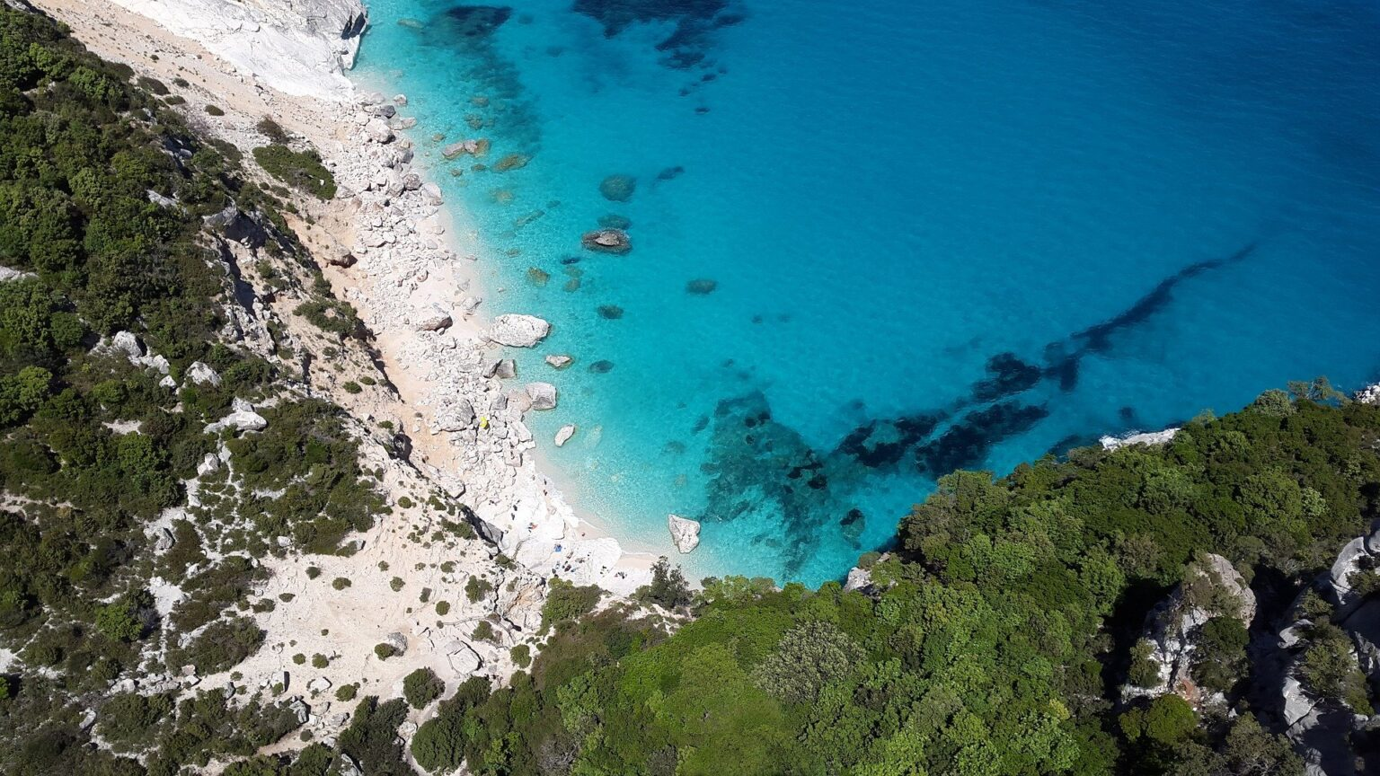 Foto di una spiaggia in Sardegna